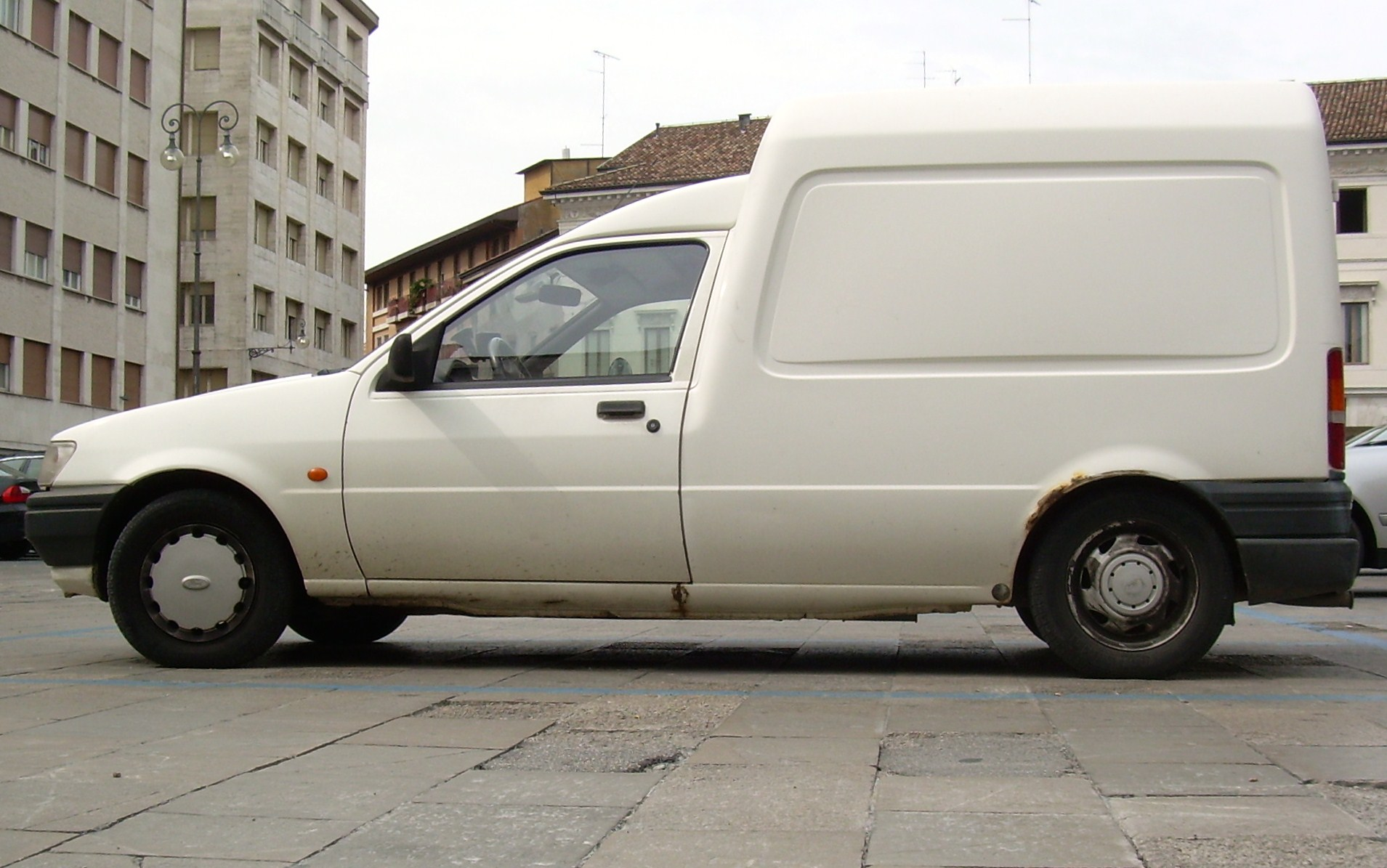 1991 Ford Courier #5