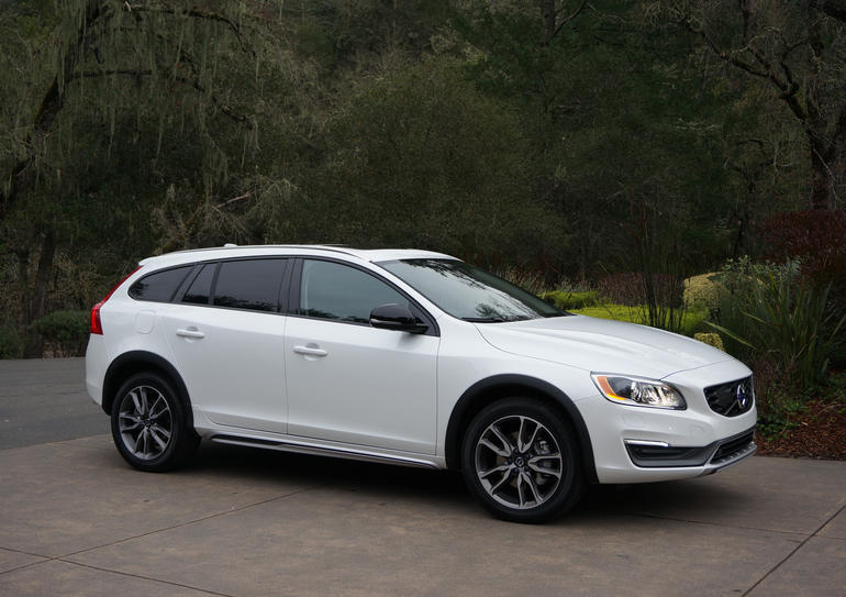 Volvo V60 Cross Country #15
