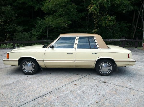 1982 Plymouth Reliant #7