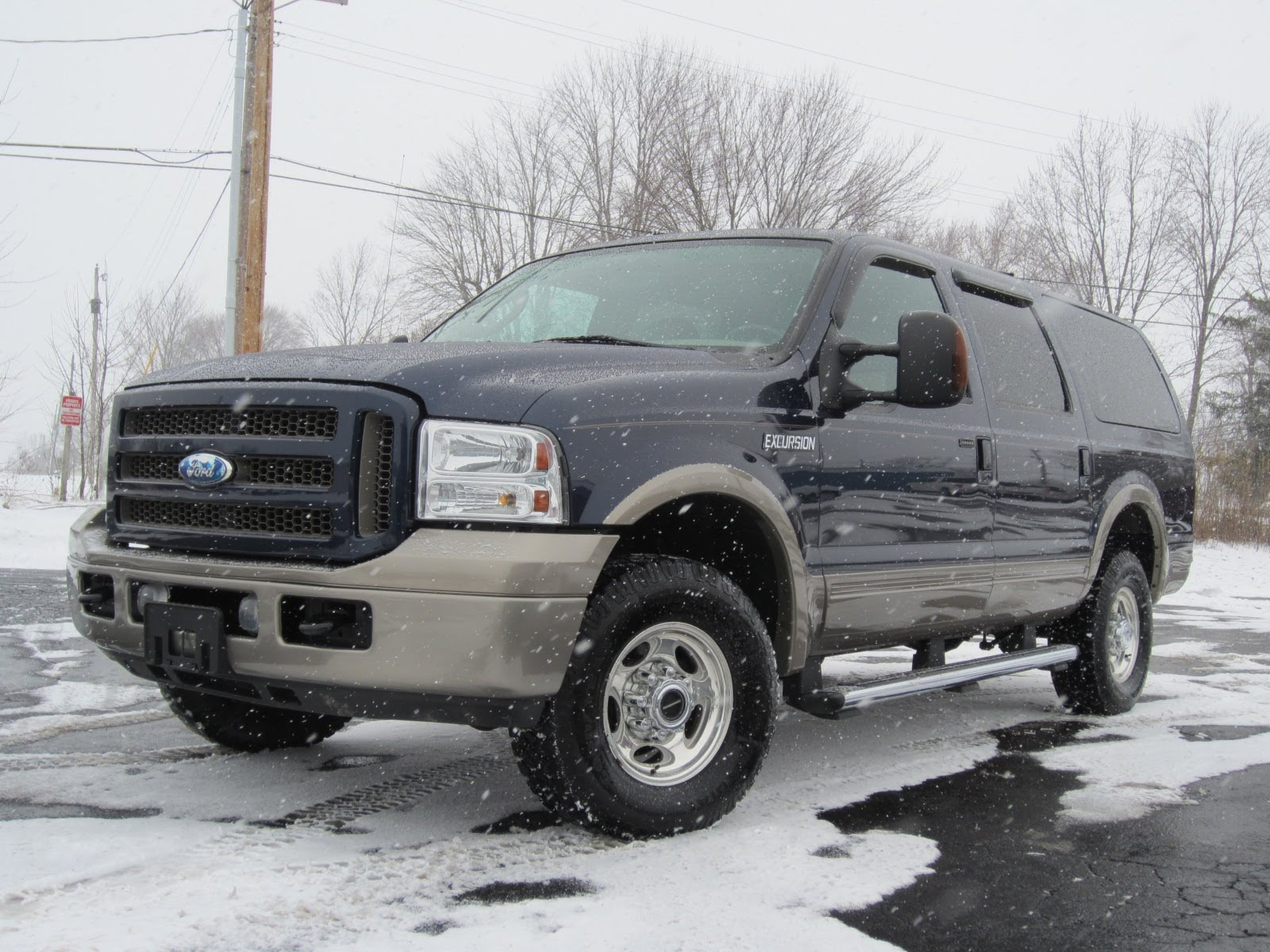 2005 Ford Excursion #3