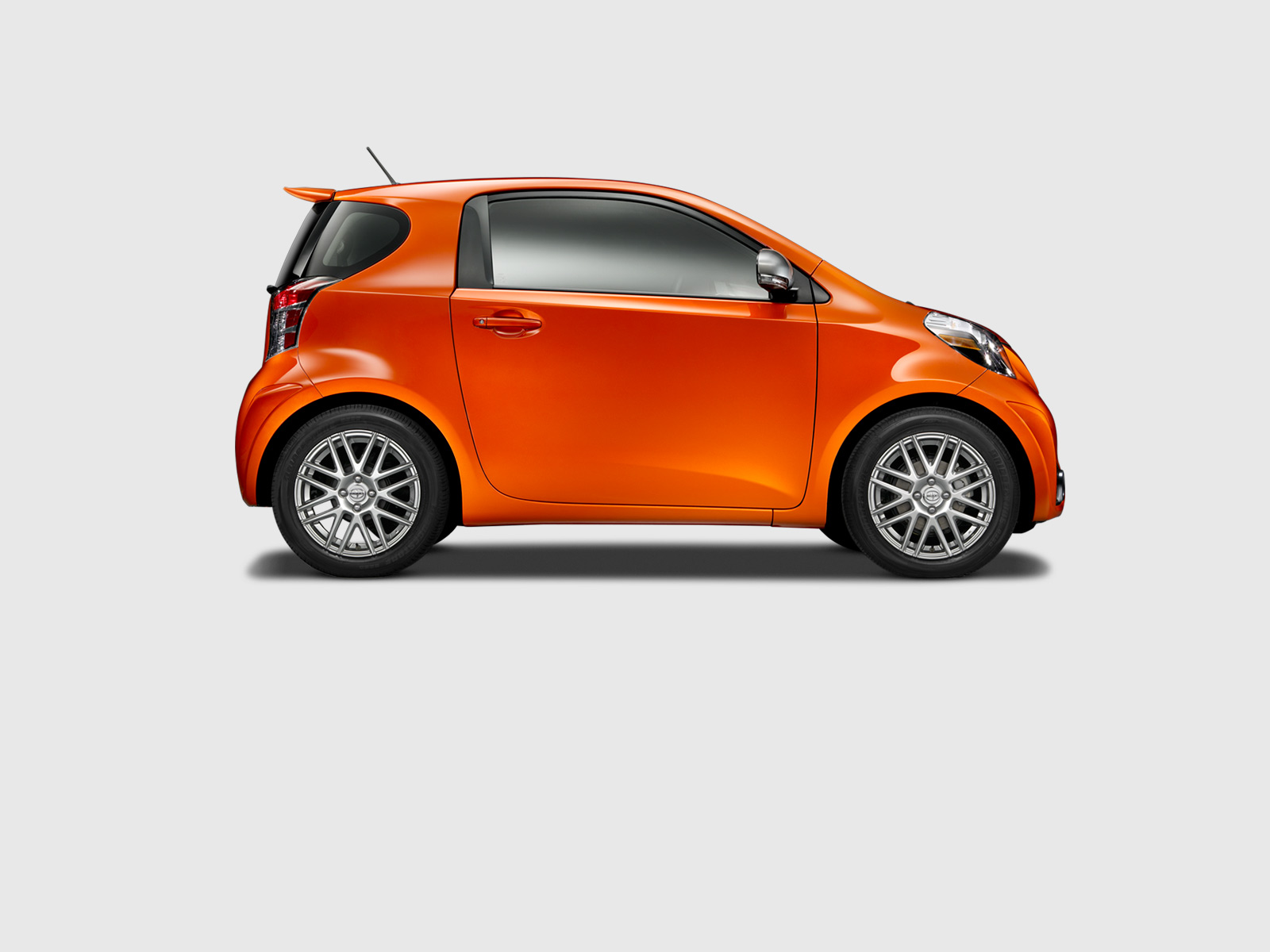2015 Scion Iq #12