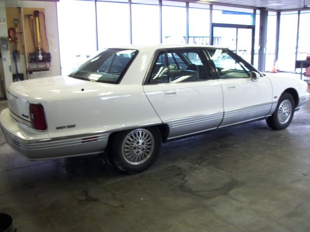 1993 Oldsmobile Ninety-eight #14