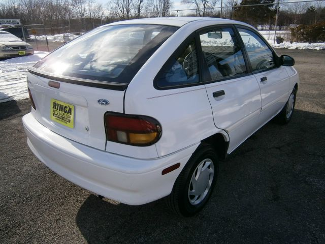 1995 Ford Aspire #11