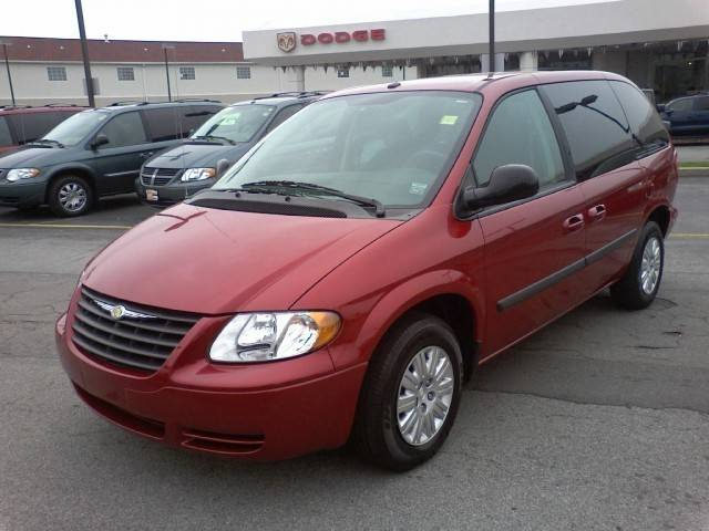 2006 Chrysler Town And Country #16