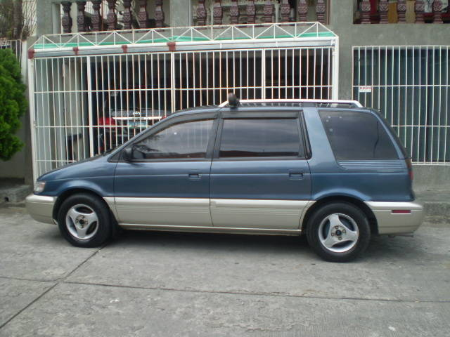 1994 Mitsubishi Space Wagon #8