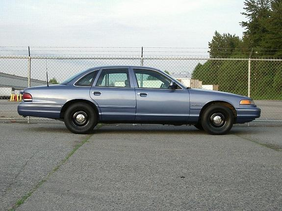 1995 Ford Crown Victoria #13