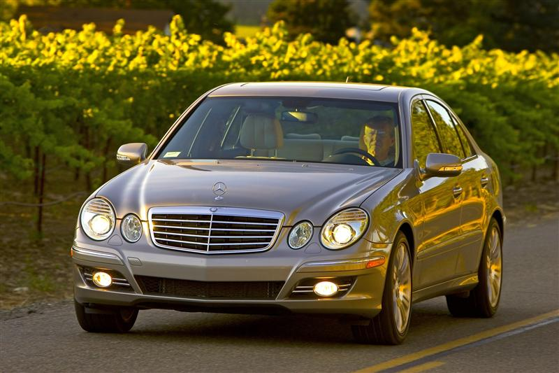 2008 mercedes benz e class photos informations articles. Black Bedroom Furniture Sets. Home Design Ideas