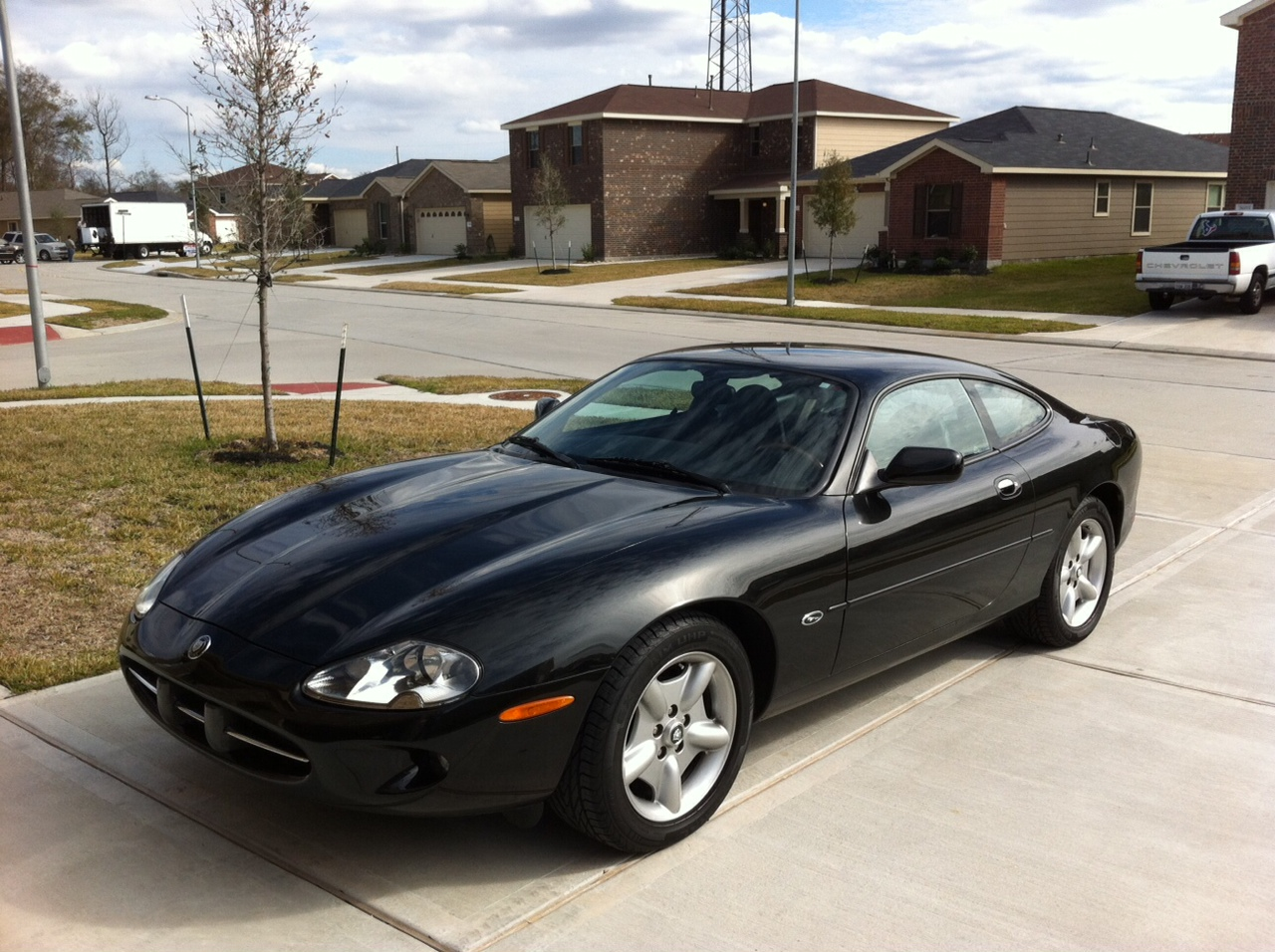 1997 Jaguar XK8 Photos, Informations, Articles - BestCarMag com