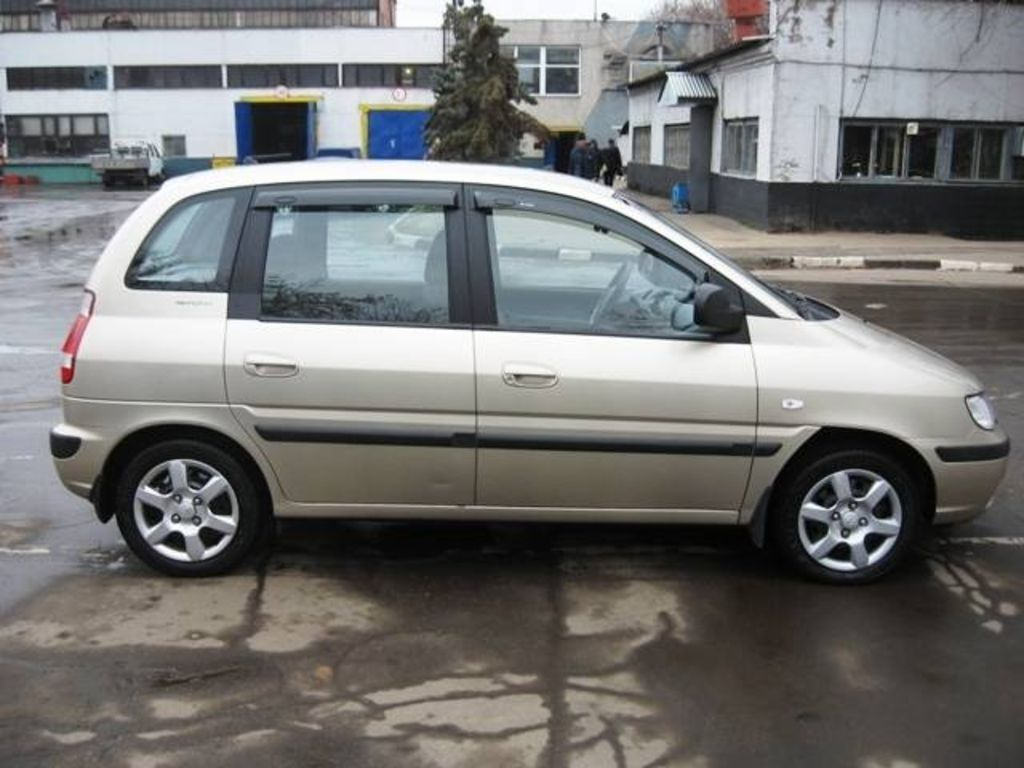 2007 Hyundai Matrix #3