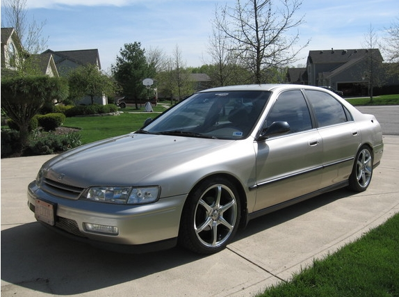 1995 Honda Accord #5