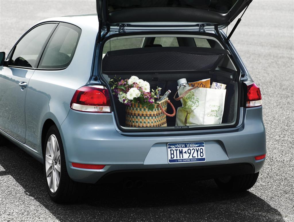 2012 Volkswagen Golf #11
