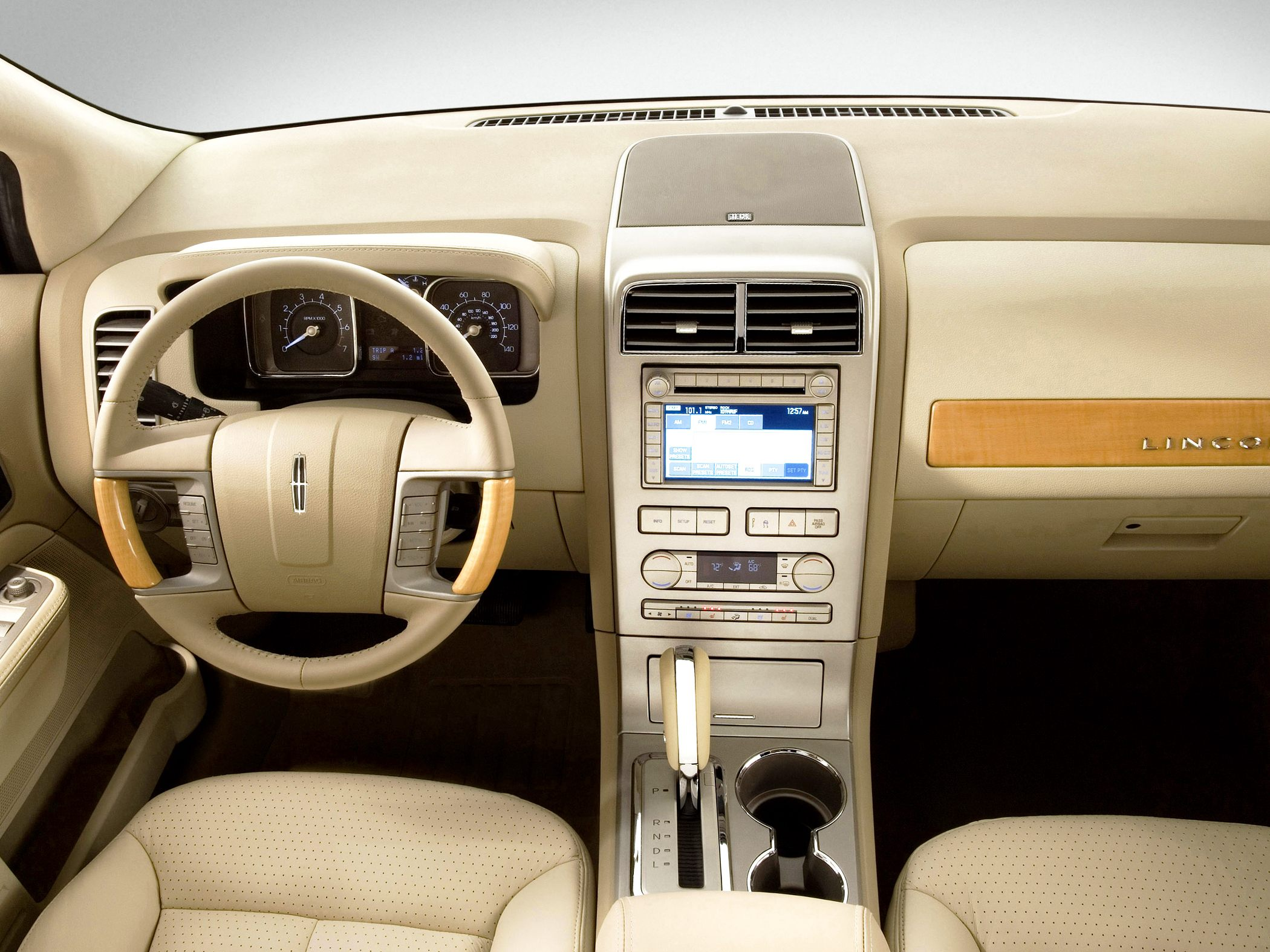 Image Gallery 2010 Lincoln Mkx