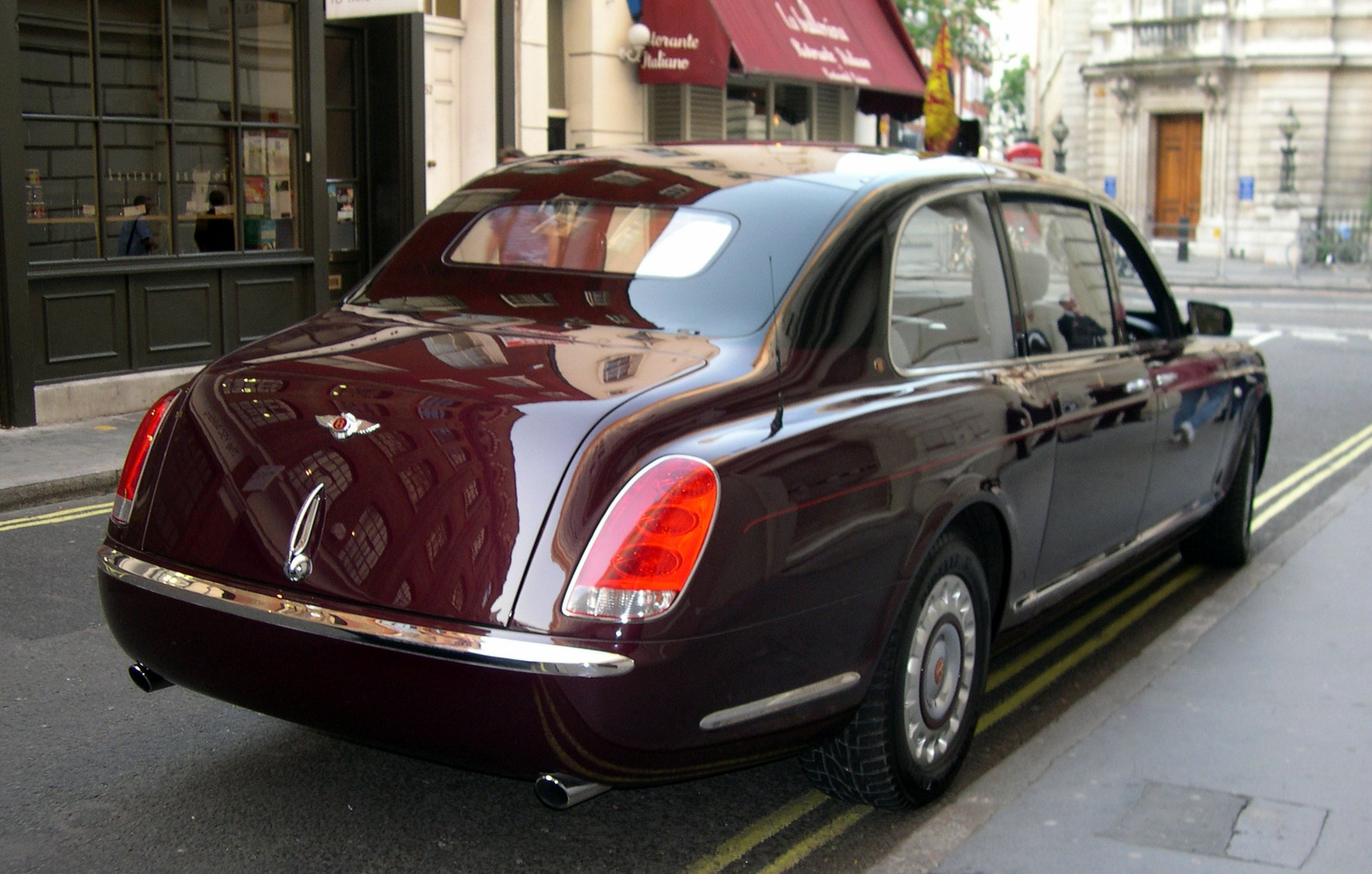 Bentley State Limousine #4