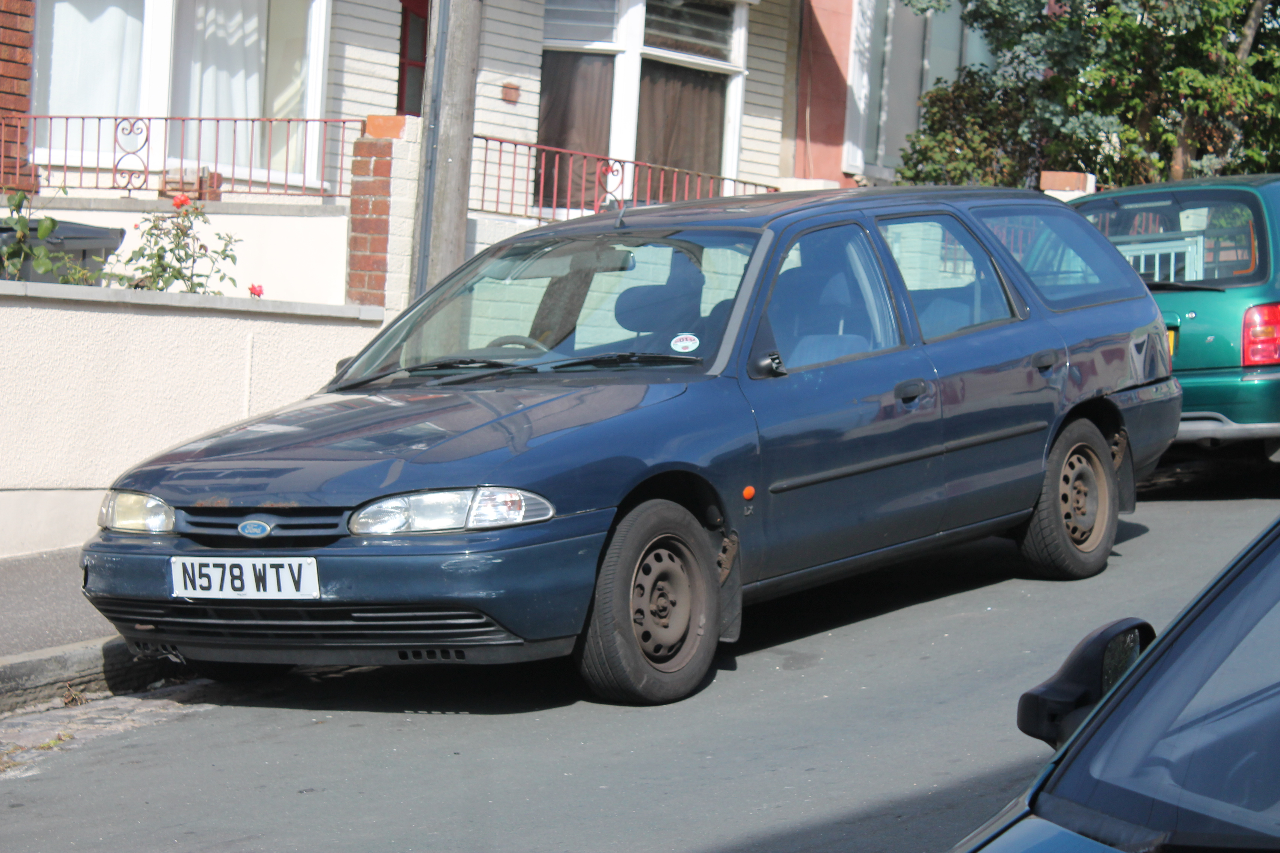 1995 Ford Mondeo #9