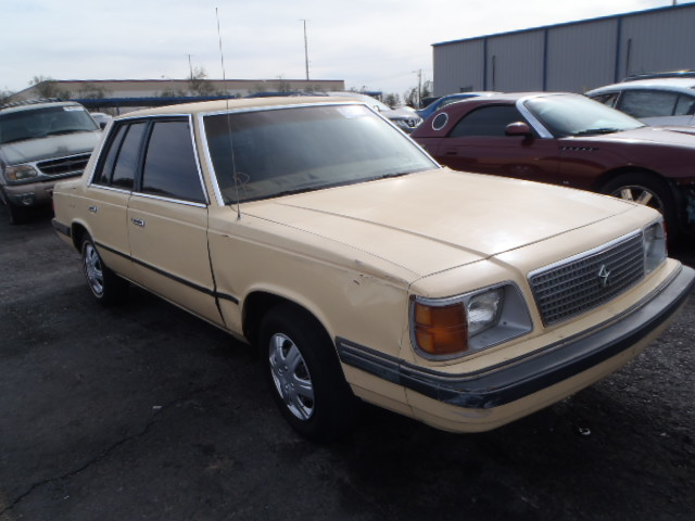 1985 Plymouth Reliant #4