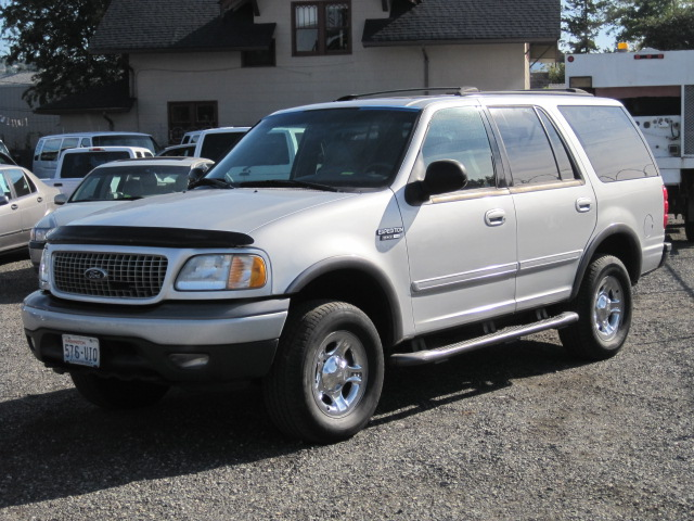 2002 Ford Expedition #5