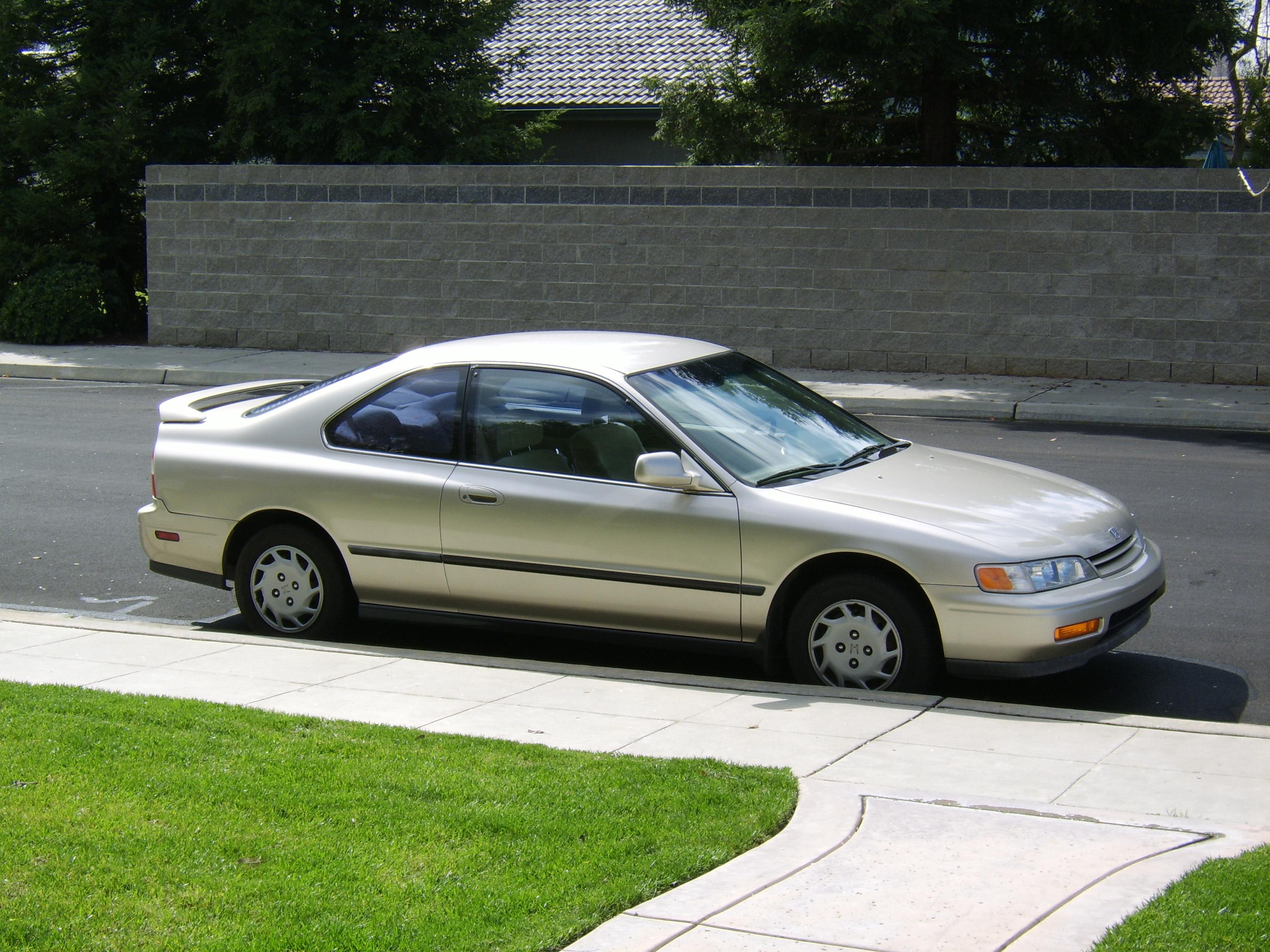 1994 Honda Accord #1