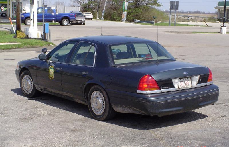 1999 Ford Crown Victoria #13
