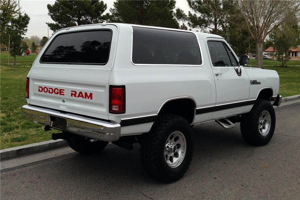 Dodge Ramcharger #11