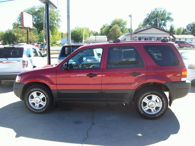 2004 Ford Escape #9