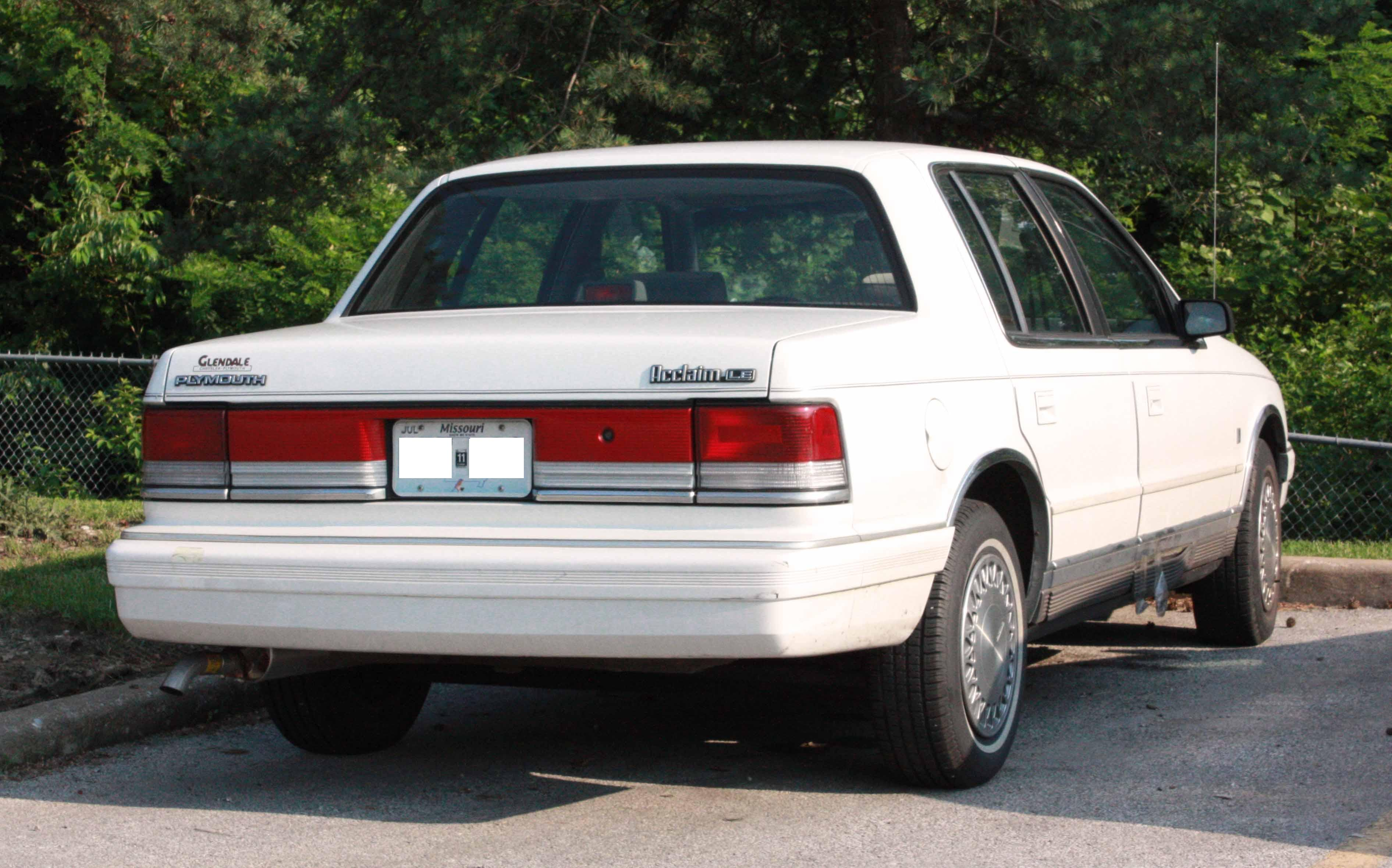 1990 Plymouth Acclaim #17