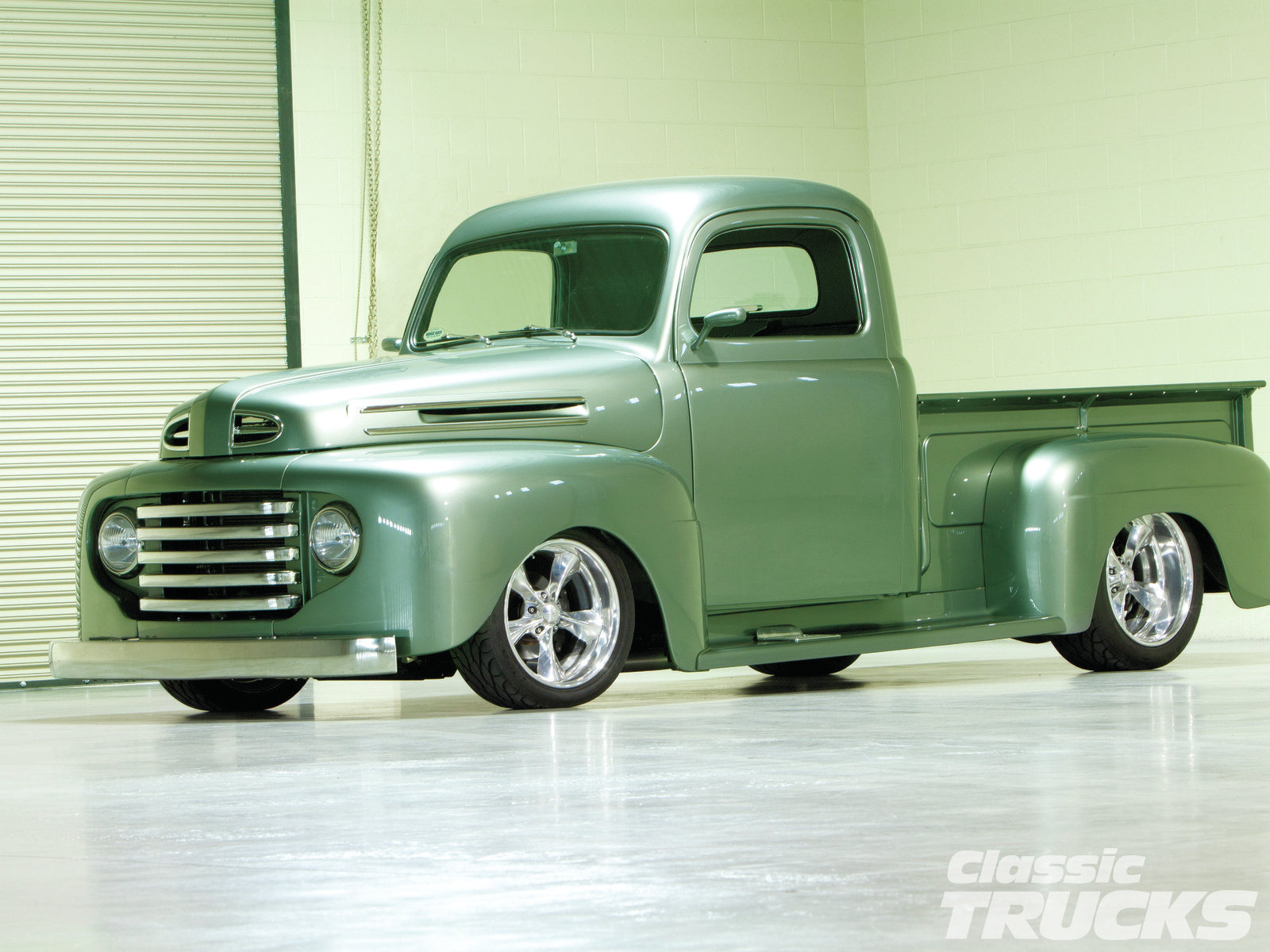 1949 Ford F #22