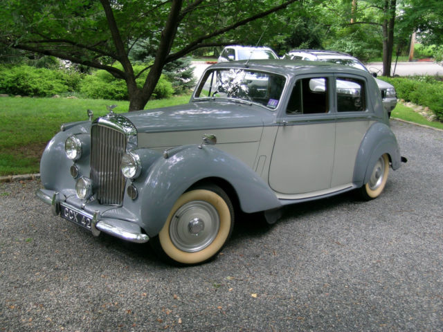 1952 Bentley Mark VI #29