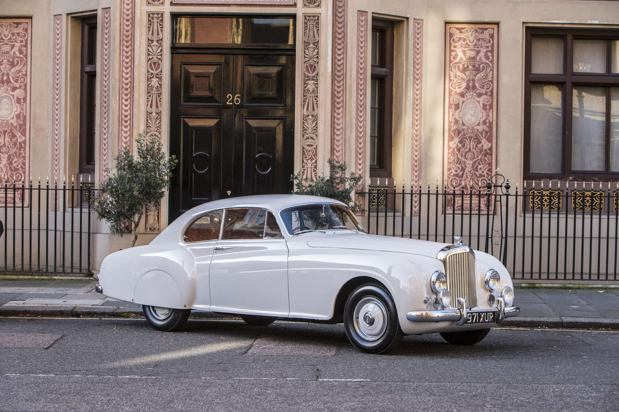 1952 Bentley R Type Continental #18