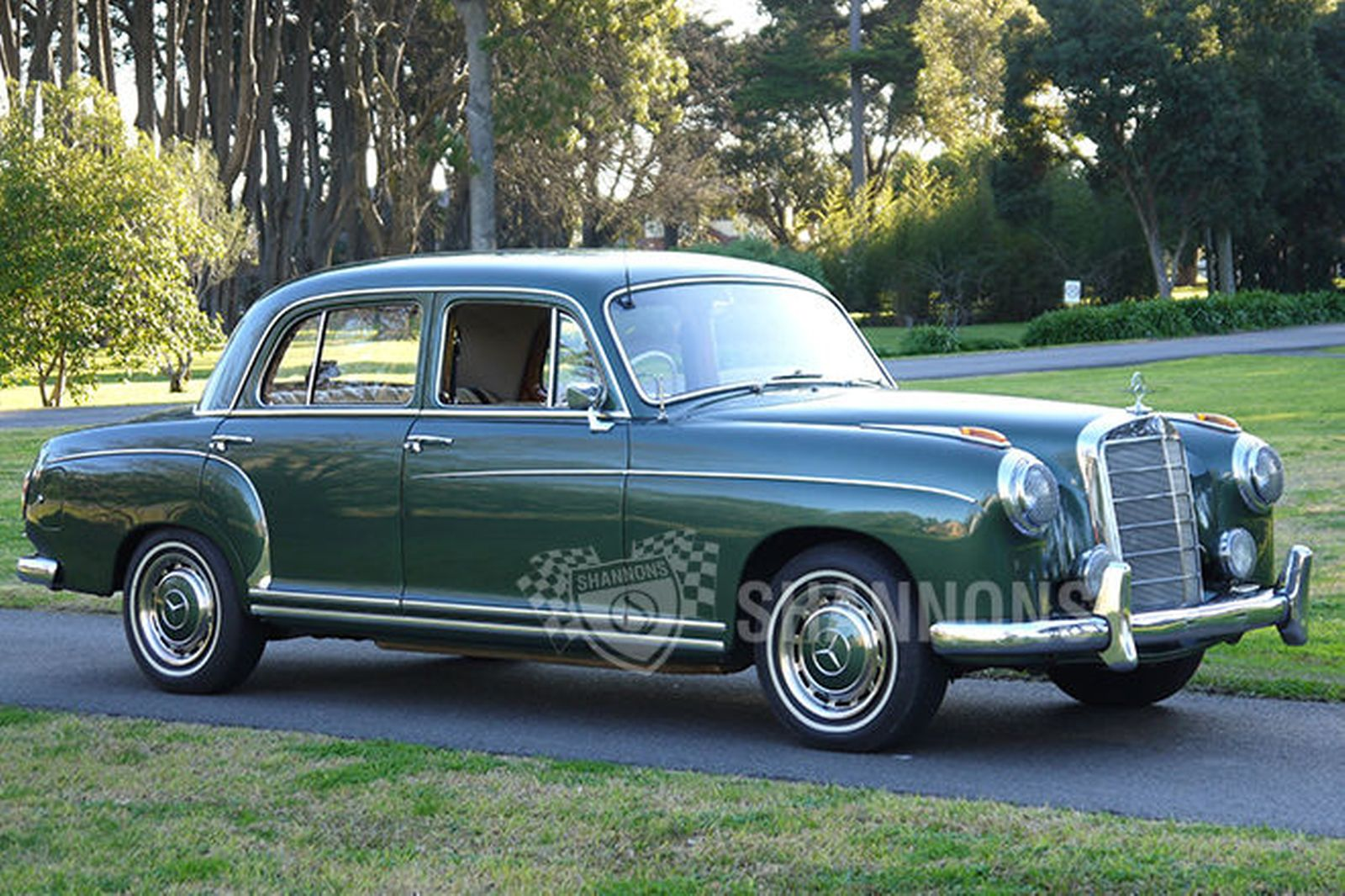 1958 mercedes benz 220 photos informations articles for 1958 mercedes benz 220s for sale