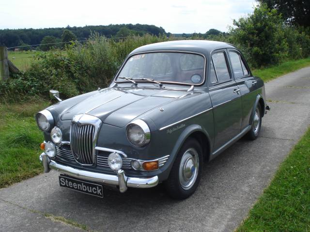 1959 Riley One-Point-Five #21