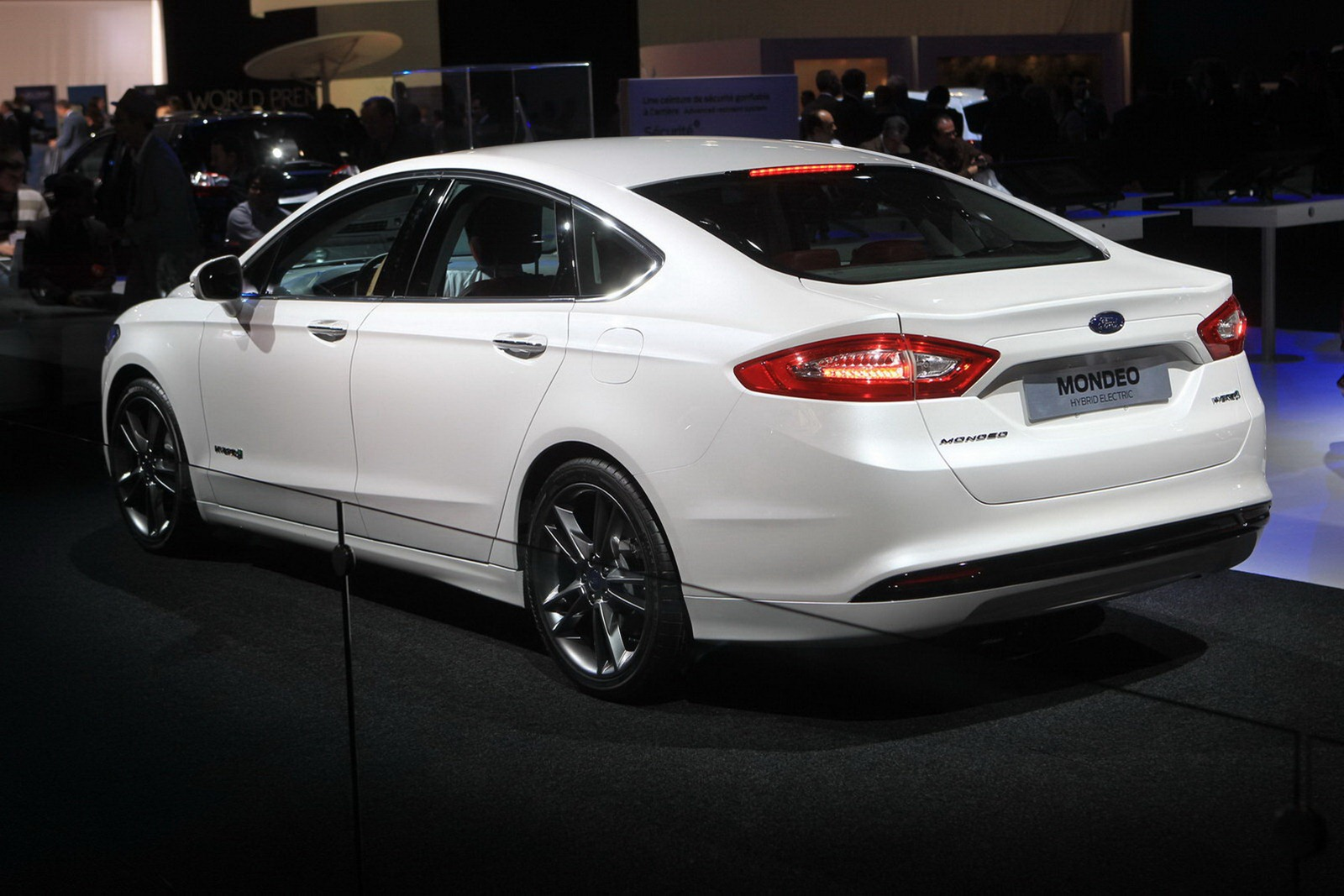 2012 Ford Mondeo #9