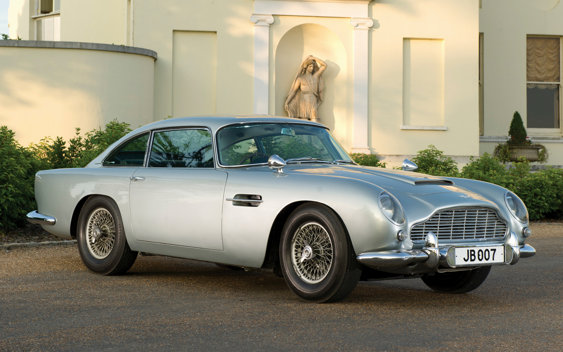 1964 aston martin db5 photos informations articles. Black Bedroom Furniture Sets. Home Design Ideas