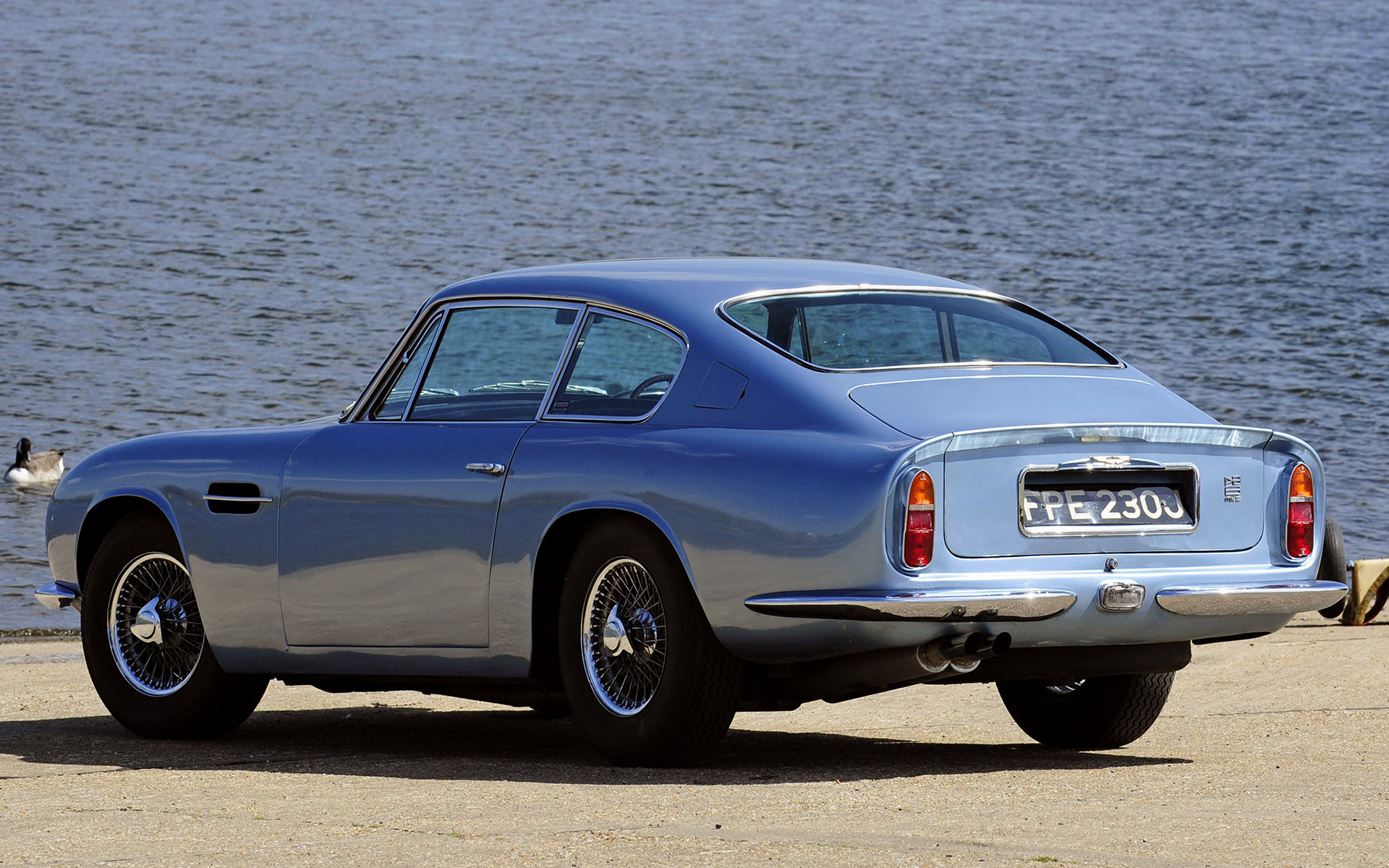 1969 aston martin db6 photos informations articles. Black Bedroom Furniture Sets. Home Design Ideas