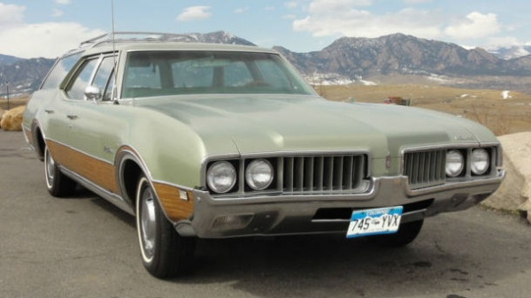 1969 Oldsmobile Vista Cruiser #18