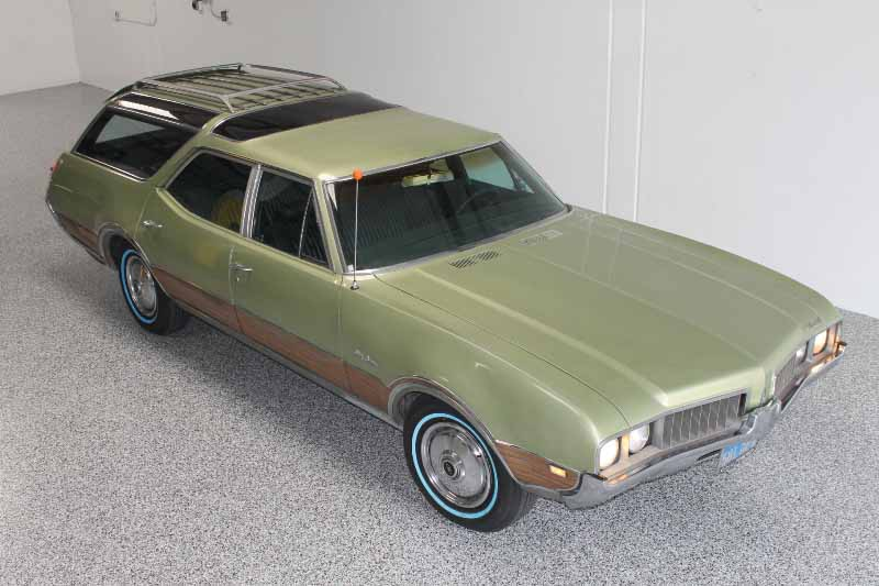 1969 Oldsmobile Vista Cruiser #17