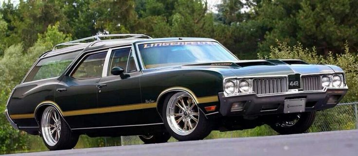 1970 Oldsmobile Vista Cruiser #21