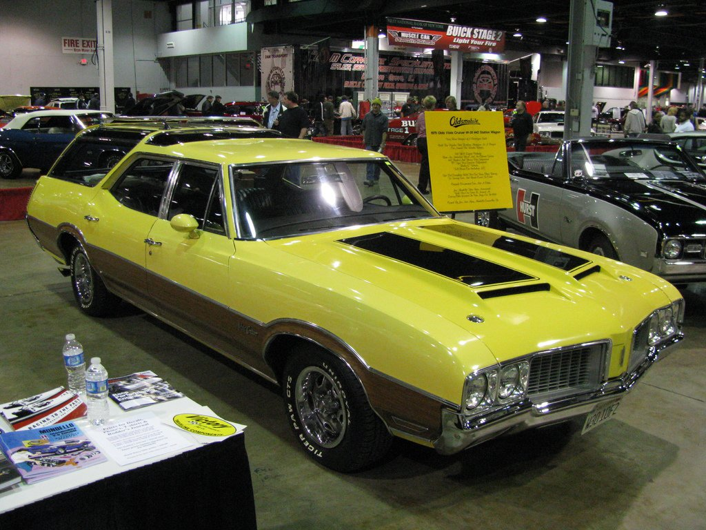 1970 Oldsmobile Vista Cruiser #20
