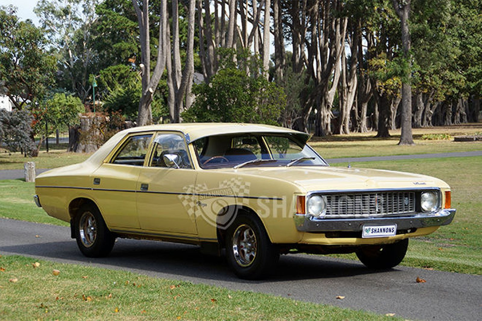 1974 Chrysler Valiant #18
