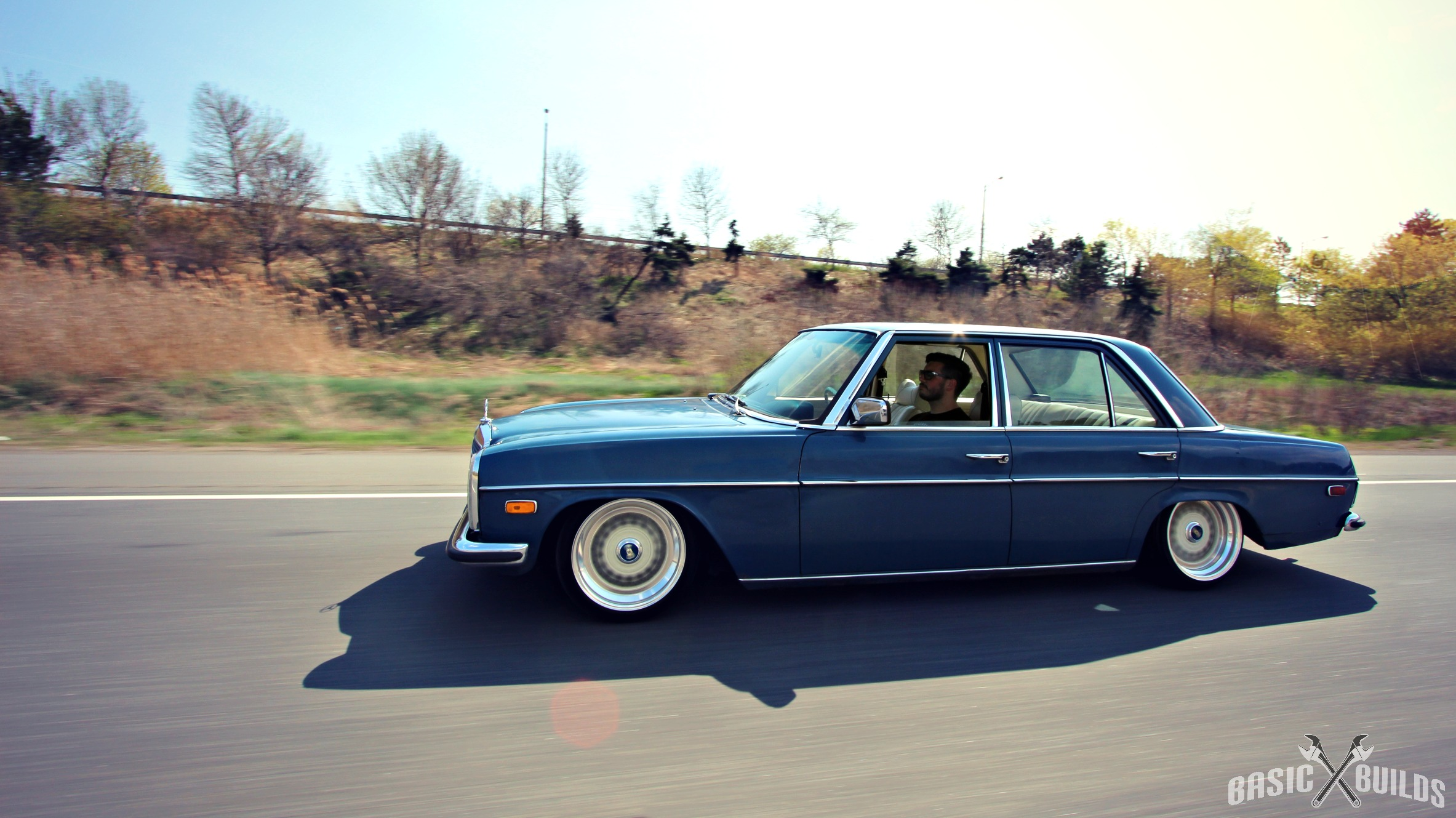 1975 mercedes benz 240 photos informations articles