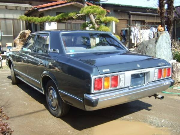 1977 Toyota Crown #15