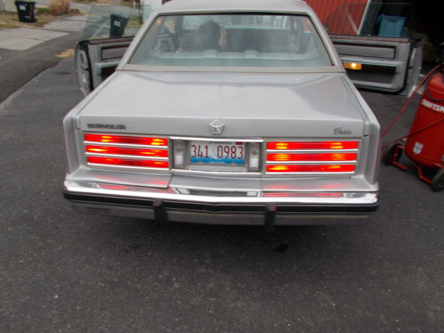 1982 Chrysler Cordoba #18