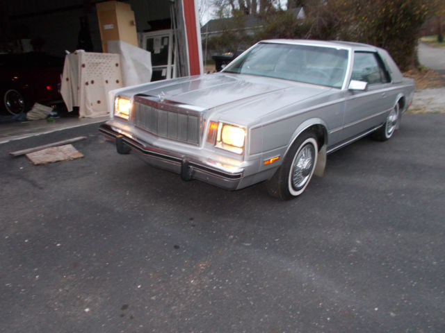 1982 Chrysler Cordoba #21
