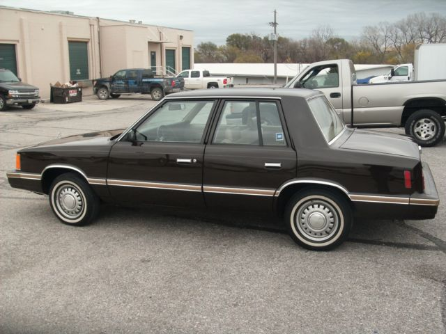 1983 Plymouth Reliant #13