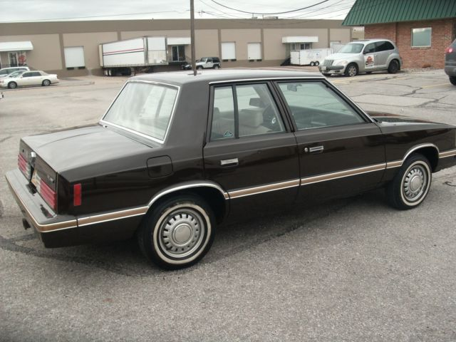 1983 Plymouth Reliant #12