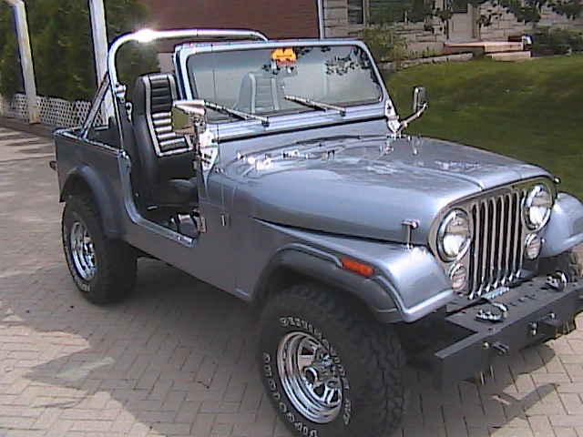 1984 jeep cj7 photos informations articles. Black Bedroom Furniture Sets. Home Design Ideas