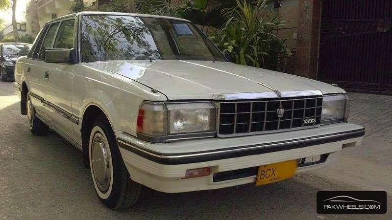 1984 Toyota Crown #16