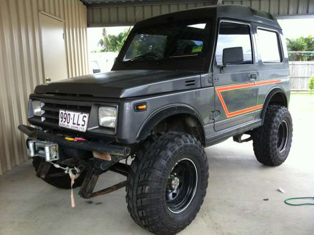 1985 Holden Drover #12