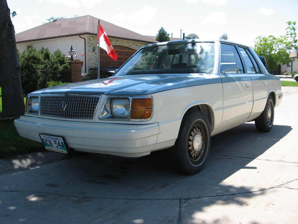 1985 Plymouth Reliant #19