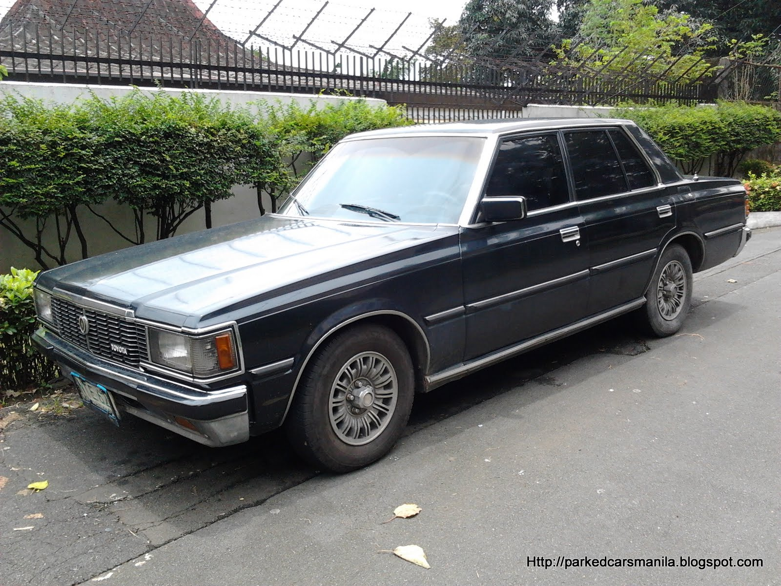 1985 Toyota Crown #16