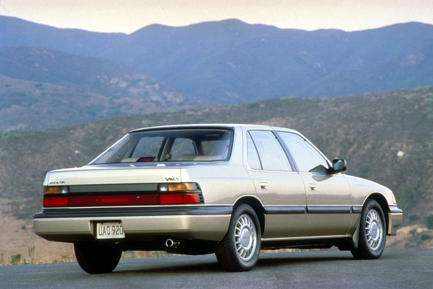 1986 Honda Legend #16